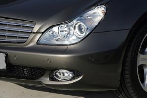 Headlight of Mercedes Benz in Atlanta GA
